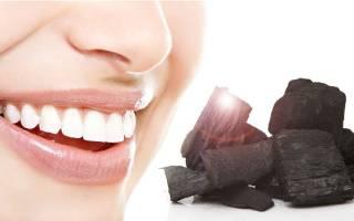 Чистить зубы активированным углем вредно