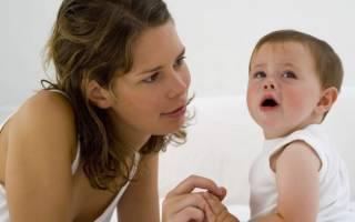 У ребенка белые прыщи во рту