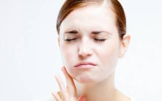 Почему опухает щека после удаления зуба