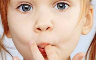 У ребенка флюс на молочном зубе